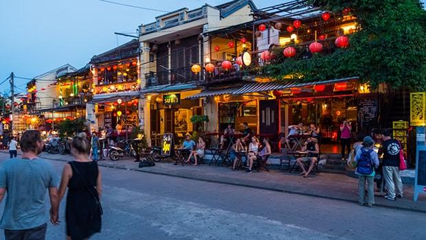 wisata vietnam